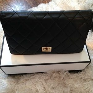 Auth CHANEL Quilted Bicolore Bifold Leather Wallet